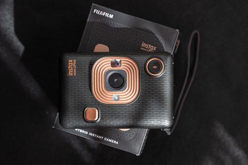 Fujifilm Instax Mini LiPlay, análisis: una cámara instantánea bonita y muy práctica como impresora