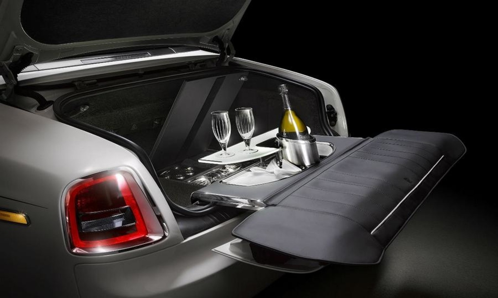 Foto de Rolls-Royce Phantom Drophead Coupé (6/11)