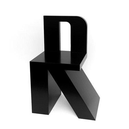 ABChair, el abecedario en sillas