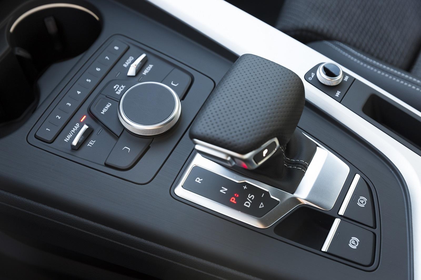 Audi A4 2017 18 19