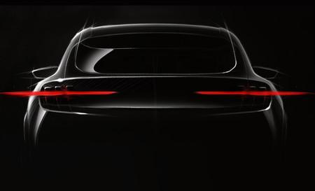 """Este es el primer avance del Ford eléctrico """"inspirado en Mustang"""" y este el primer dato: 482 km de autonomía"""