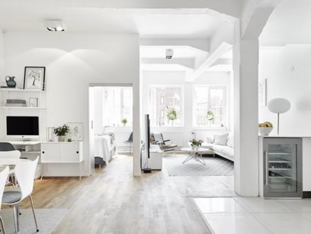 Un apartamento en Gotemburgo en el que el blanco reina sin discusión alguna