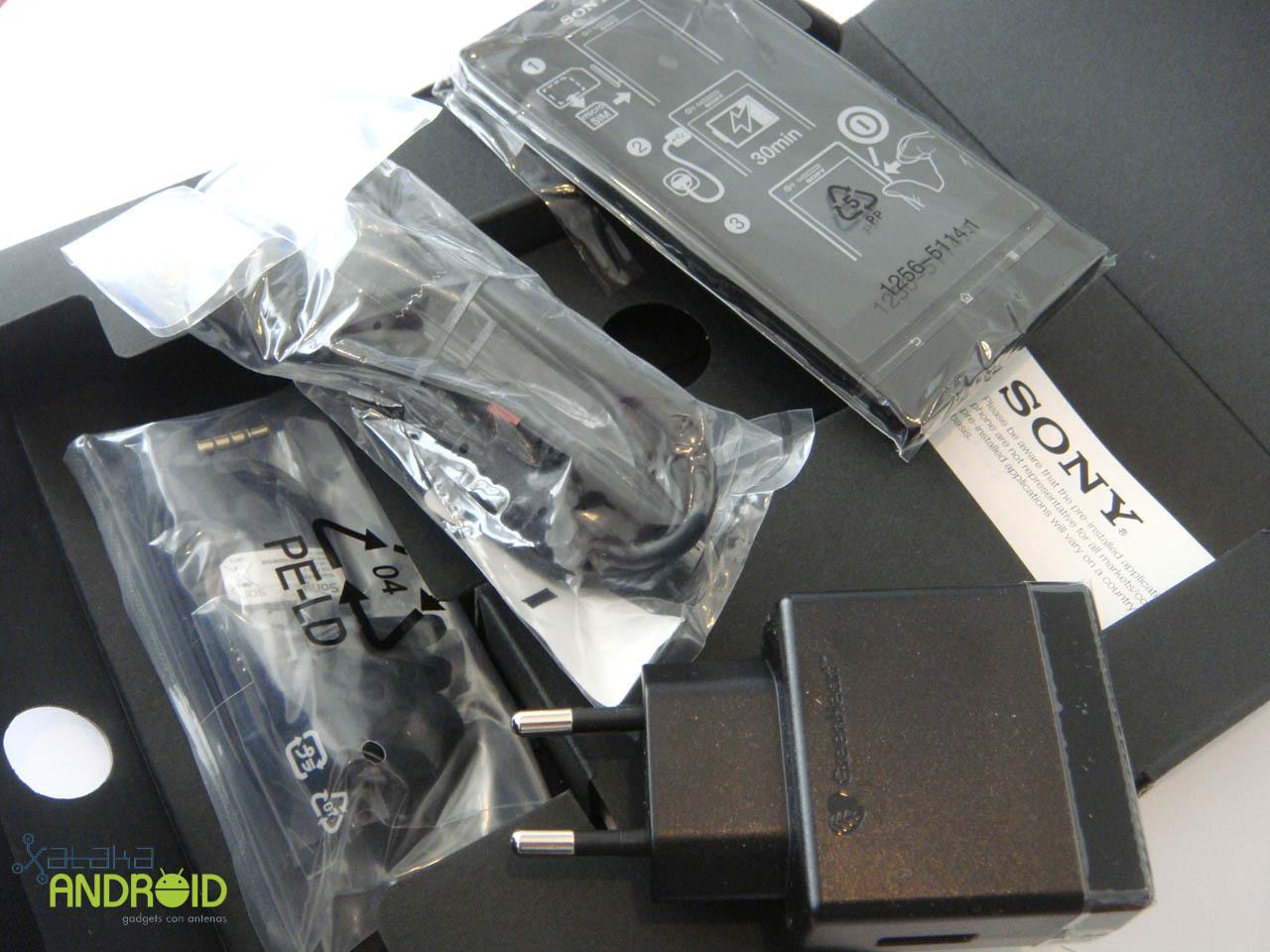 Foto de Unboxing Sony Xperia P (14/14)
