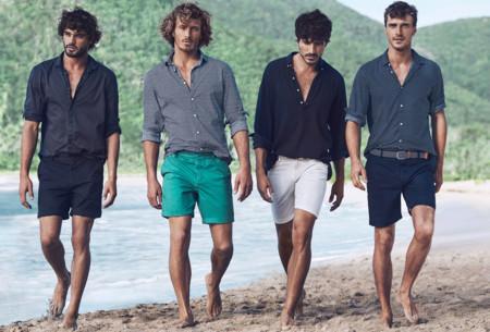 El verano llega a H&M con prints, color y looks relajados para la playa