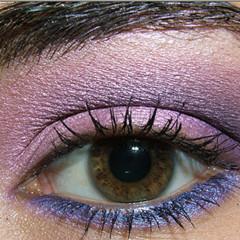 Foto 1 de 8 de la galería look-de-fiesta-ojos-en-rosa-y-morado en Trendencias