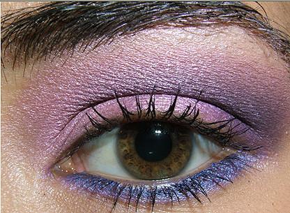 Foto de Look de fiesta, ojos en rosa y morado (1/8)