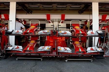 Bernie Ecclestone quiere que los equipos consideren tener tres coches