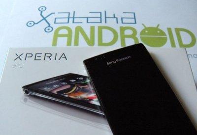 Xperia Play y Xperia Arc reciben la actualización a Gingerbread 2.3.3