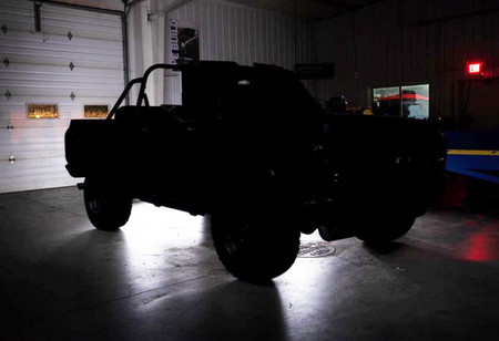 Ringbrothers calienta motores para el SEMA y nos presenta un teaser de su Chevrolet Blazer 72 restomod