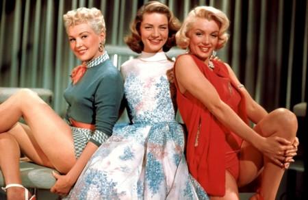 Las piezas icónicas de vestuario del cine que marcaron la carrera de las actrices que los llevaron (Parte 2)
