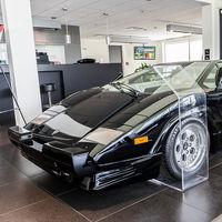 En Montréal hay un Lamborghini Countach 25th Anniversary con 135 km que 30 años después todavía busca dueño