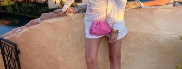 Clonados y pillados: Mango nos ofrece por menos de 10 euros un bolso (muy) parecido al The mini pouch de Bottega Veneta