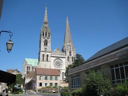 La Catedral de Chartres y sus exquisitas vidrieras