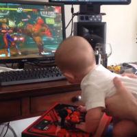 El modo historia de Street Fighter V es tan fácil, que hasta un bebé de 6 meses le gana a la computadora