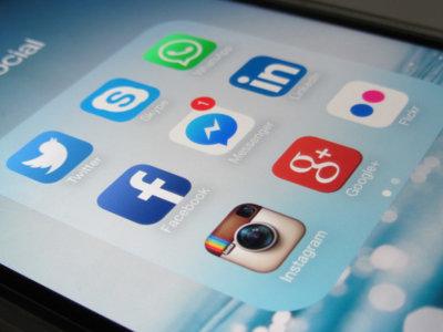 11 cosas que no siempre es bueno compartir en redes sociales (aunque a veces lo hacemos)