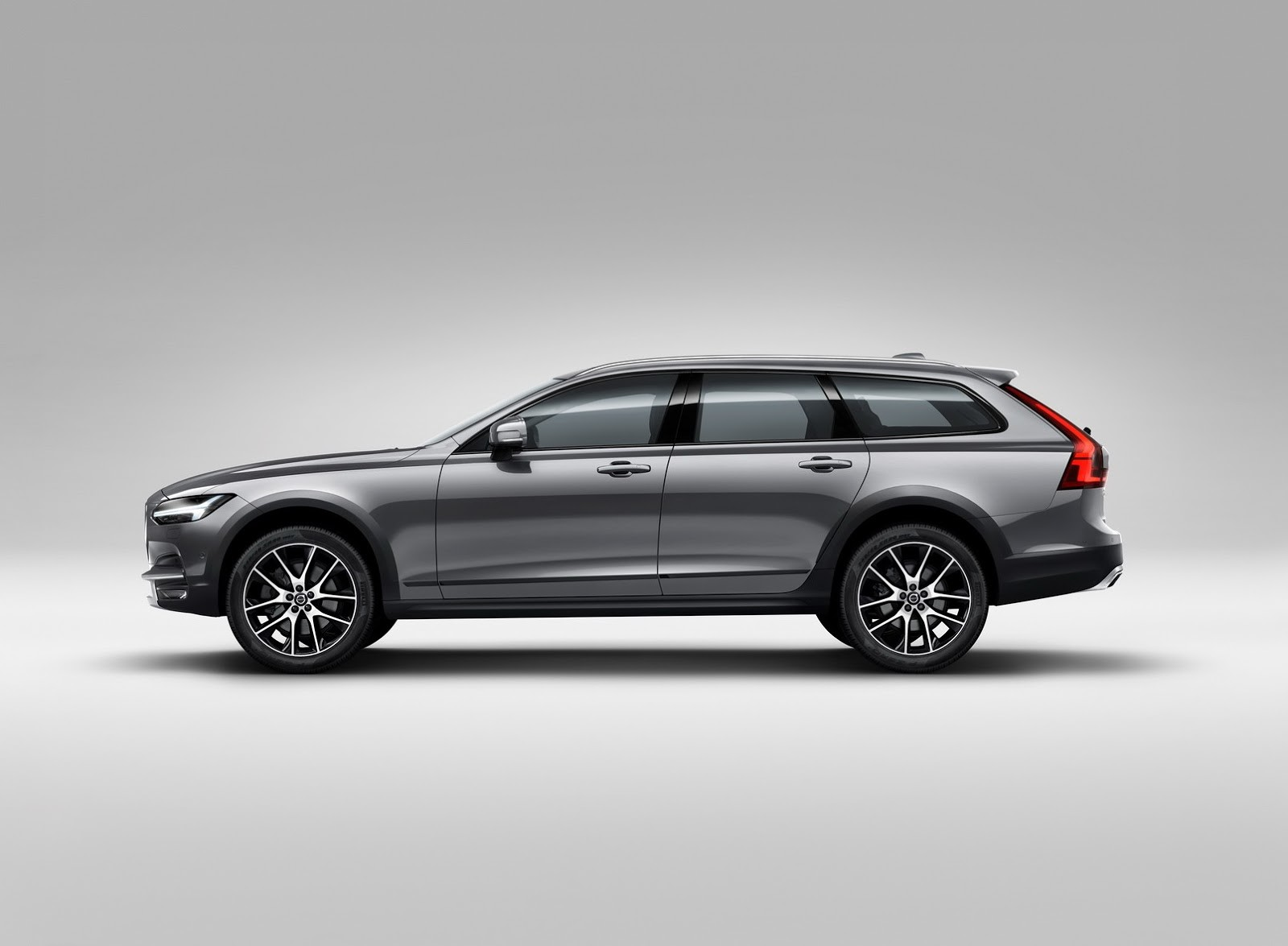 Foto de Volvo V90 Cross Country (20/24)