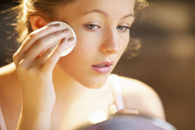 Cuidados cosméticos: los tratamientos faciales sólo aportan el 50% de resultados posibles