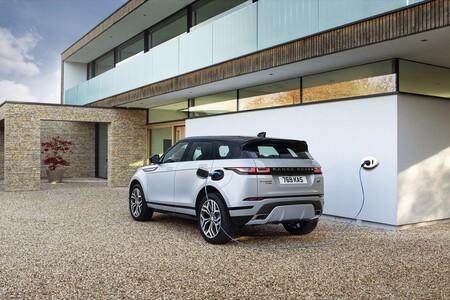 Los Range Rover Evoque y Discovery Sport híbridos enchufables se dejan de vender por ahora: no cumplen las emisiones prometidas