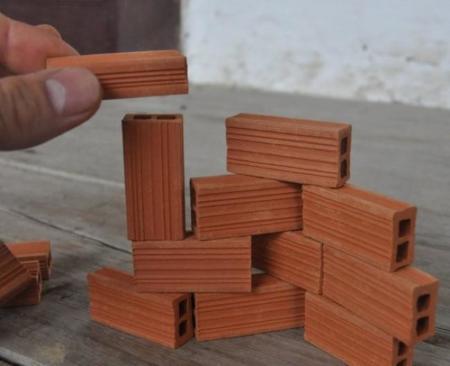 Los mayores también podremos jugar a las construcciones con estos adorables miniladrillos