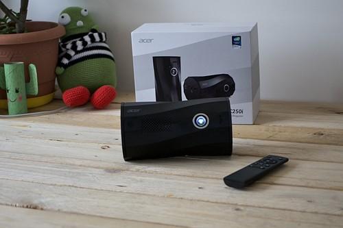 Acer C250i, análisis: un proyector portátil preparado para tus vídeos en horizontal y en vertical en cualquier lugar