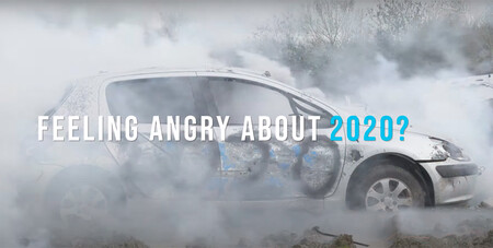 Rage Yard: despedir 2020 destrozando un coche con un tanque