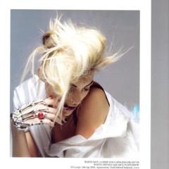 Foto 10 de 11 de la galería vogue-uk-adelanta-la-tendencia-blanco-y-negro-con-anja-rubik en Trendencias