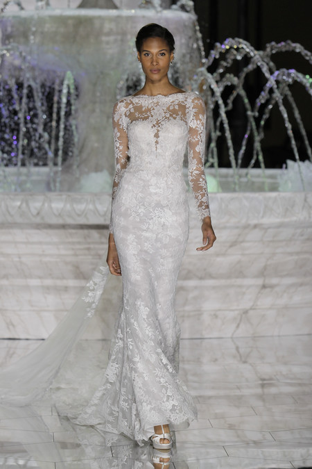 Cindy Bruna Pronovias Fashion Show