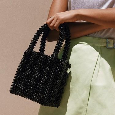 17 bolsos de bolitas para sumarse a la tendencia que ya ha triunfado en Pinterest