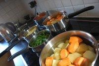 Cenas saludables para niños: puré de patata, zanahoria y puerro
