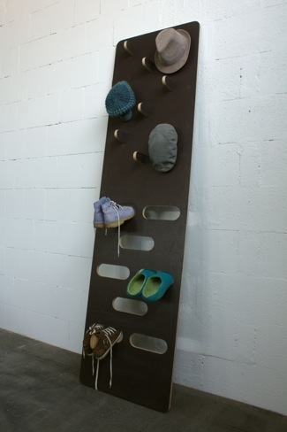 ¿Buena o mala idea?: colgador y zapatero de pared