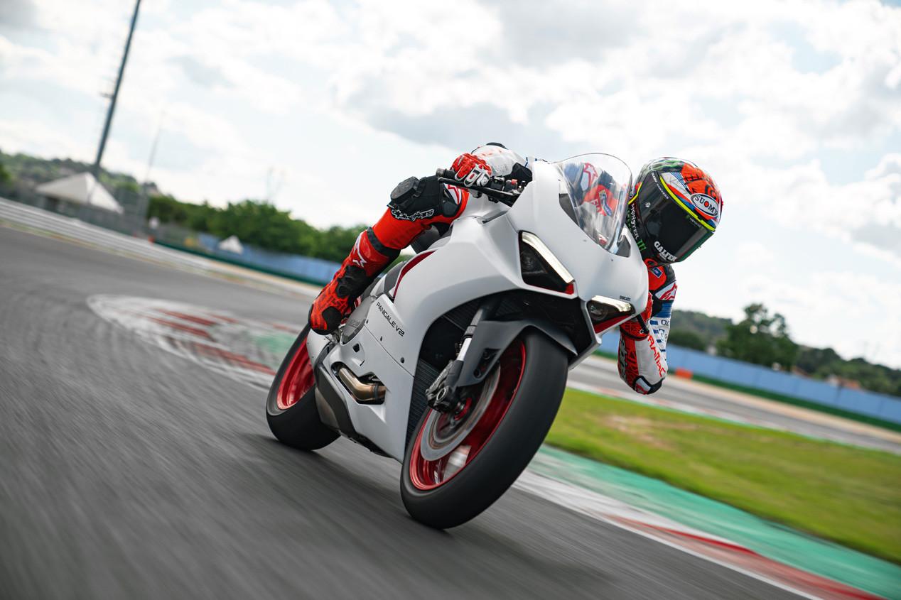 Foto de Ducati Panigale V2 White Rosso 2020 (8/9)