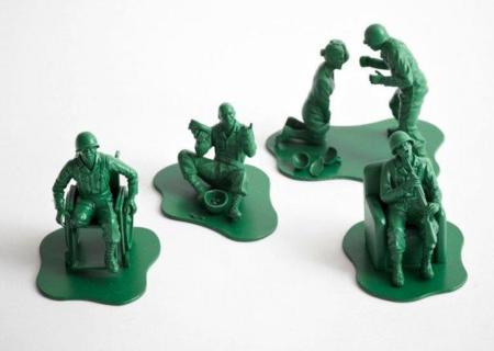 Soldados de juguete... pero muy reales