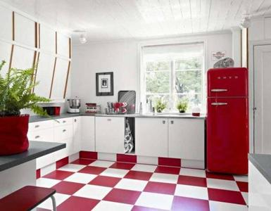 Una cocina blanca y roja ¡Viva San Fermín!