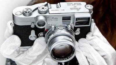 Leica ha subastado su cámara un millón por 840.000 euros