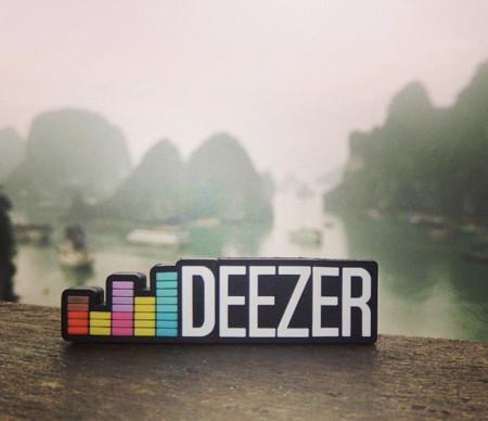 Deezer añade soporte para Android Auto y mejoras para Chromecast