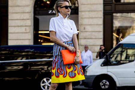 11 polos que comprar ahora para vestir como las chicas del street style y molar tanto como ellas
