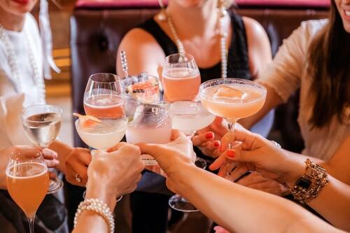Cuántas calorías tienen las bebidas sin alcohol o 0,0% en comparación con su versión con alcohol