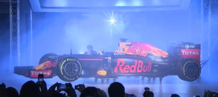 RedBull presenta la decoración para el RB12 en color mate, como su inicio de temporada