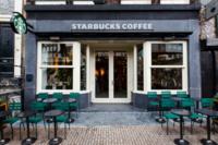 Starbucks se mimetiza con su entorno en el Mercado de las Flores de Amsterdam