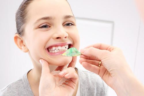 Cómo prevenir el uso de ortodoncia en niños: consejos y hábitos saludables de los expertos