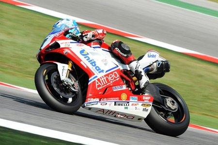 Superbikes San Marino 2011: Carlos Checa se impone a Max Biaggi en la primera carrera