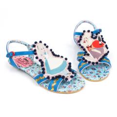 Foto 1 de 88 de la galería zapatos-alicia-en-el-pais-de-las-maravillas en Trendencias