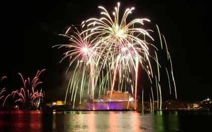 Festival de Fuegos Artificiales en Malta