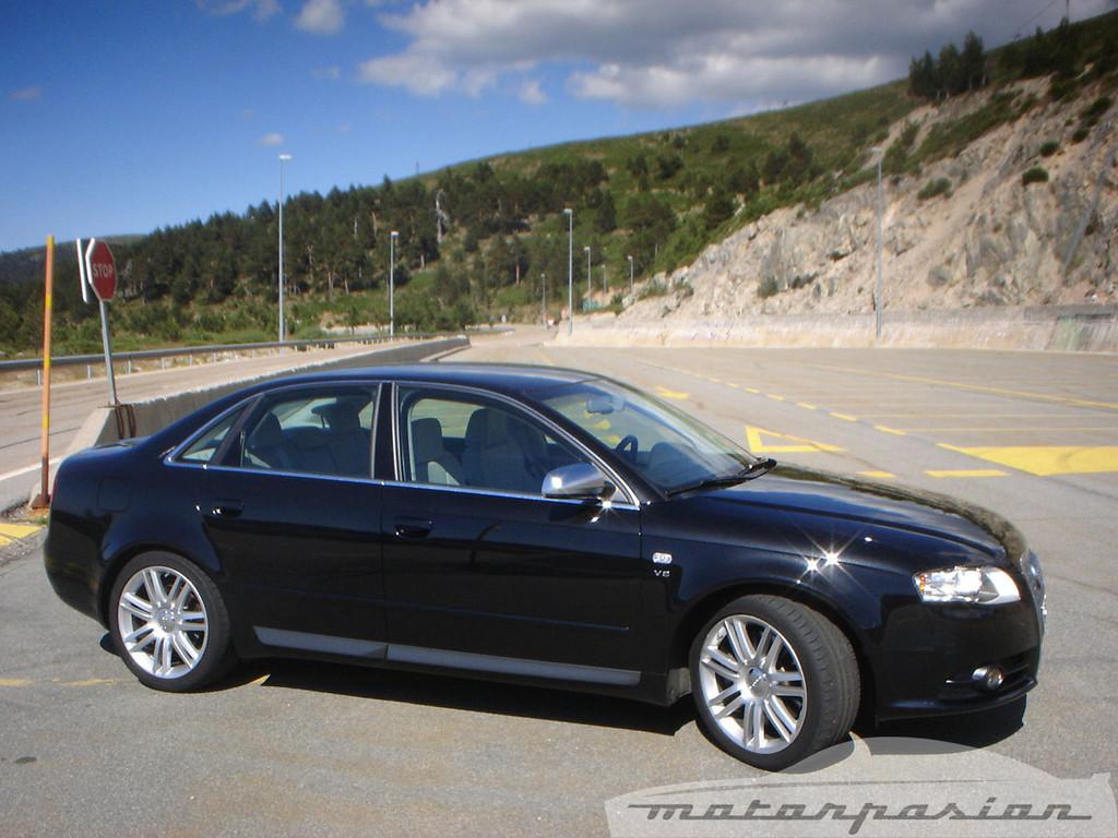 Foto de Audi S4 (prueba) (16/24)
