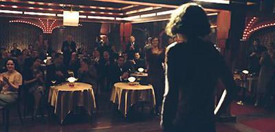Marion Cotillard es Edith Piaf en 'La Môme'