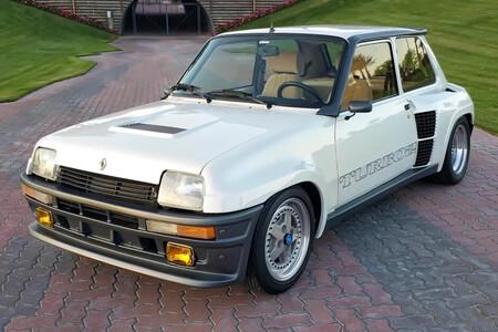 Alguien pensó que un Renault 5 Turbo 2 con motor rotativo de Mazda era una buena idea, pero ahora no encuentra comprador