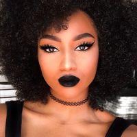 El color negro será tu mejor aliado para un maquillaje de Halloween con mucho estilo