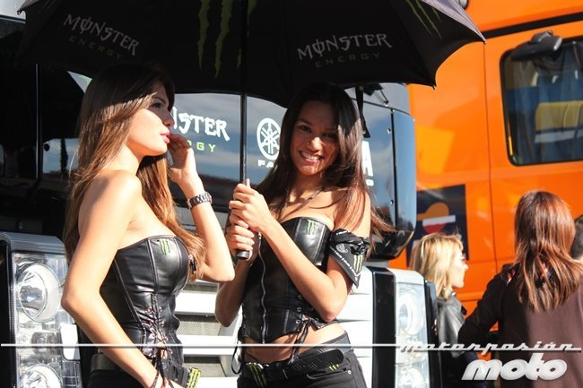 Chicas Monster GP Aragón 2011