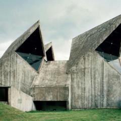 Foto 8 de 12 de la galería spomenik-la-yugoslavia-mas-cosmica en Decoesfera