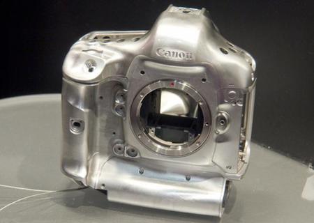 La EOS A1 podría ser la próxima «bestia» de Canon equipada con un sensor de muy alta resolución